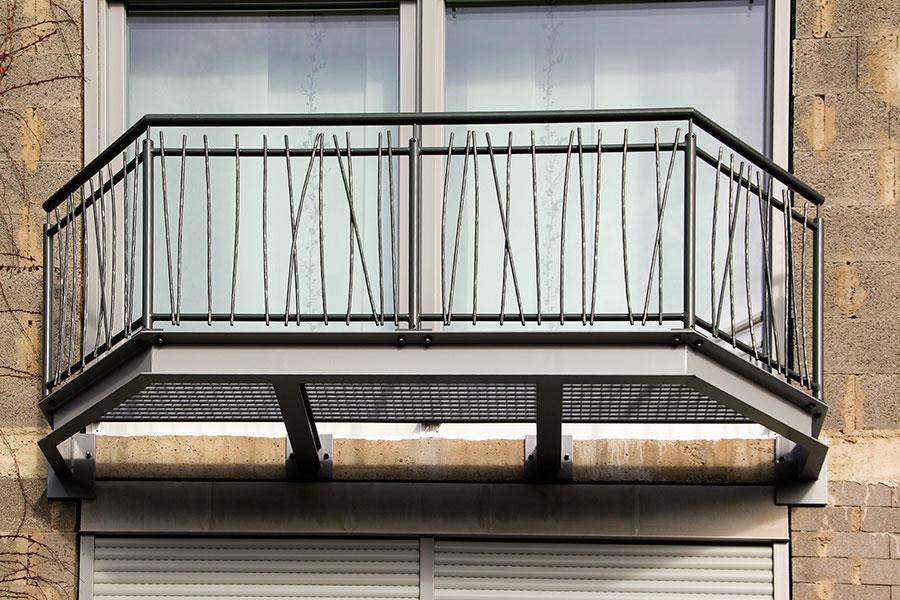 Trier Und Metallbau Tore Zaunanlagen Treppen Balkongelander